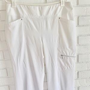 Chico's Zenergy Size 1.5 (8-10) White Pants